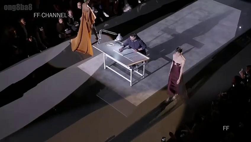 Schiaparelli – Fall Winter 2019 Couture Full Show – Paris ( France ) Fashion Week 01/07/2019