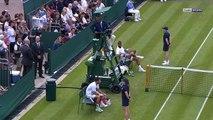 Benoit Paire demande à l'arbitre d'aller lui acheter à manger (Wimbledon)