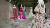 Visite guidée exclusive de l'exposition haute couture de Giambattista Valli
