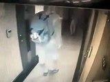 Un homme surpris en pleine tentative d'agression d'une femme qui entre dans sa chambre d'hôtel !