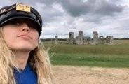 Miley Cyrus: sa visite 'spirituelle' à Stonehenge