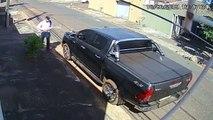 Un homme tente de braquer un automobiliste mais se fait tirer dessus