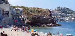 Marseille : panique sur une plage dans le quartier de Montredon (8ème) à la suite d'une rupture de canalisation