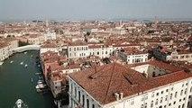 """Des """"bateaux-hôtels"""" saisis dans un port à Venise"""