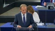 UE : Tusk vante le choix d'Ursula Von der Leyen