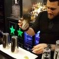 Un magicien au bar
