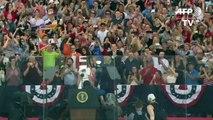 Em meio a críticas por politizar um evento nacional, o president