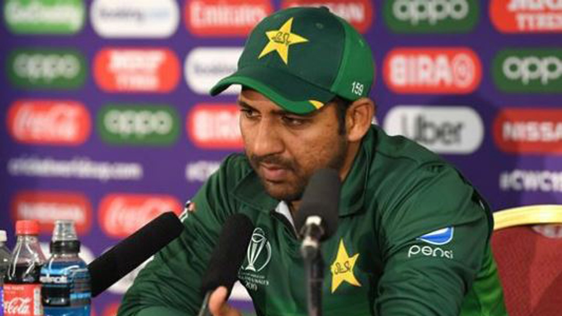 World Cup 2019 : Sarfaraz Ahmed hopes for MIRACLE to enter Semi Finals | वनइंडिया हिंदी