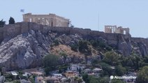 Acropolis closes as Greece grills in the sun