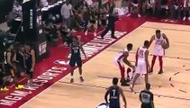 Basket-Ball - NBA Summer League - Jaxson Hayes Shows Unreal Bounce With Poster Dunk and Insane Block