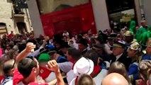 Abertzales escupen, acosan e intentan agredir a ediles de Navarra Suma en la procesión de San Fermín