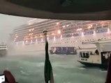 Venise : Une nouvelle fois un bateau de croisière a manqué de percuter des ferry et un quai bordant la ville hier