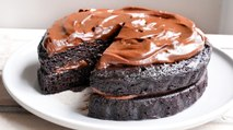 Vegan Chocolate Fudge Cake - Recipe RFHB