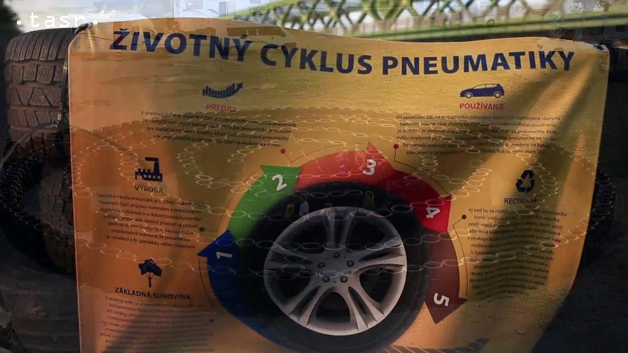 Na Tyršovom nábreží je Bludisko z recyklovaných pneumatík