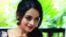 Actress priyanka chopra wishes bhavana(malayalam)