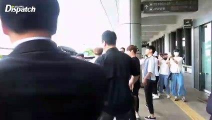 Jimin BTS Terlihat Sakit di Bandara