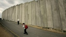 Israel's illegal separation wall 'imprisons' Palestinians