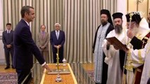 Grecia, Kyriakos Mitsotakis giura da premier: cambieremo il Paese