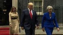 Câbles diplomatiques : Trump s'en prend à Theresa May