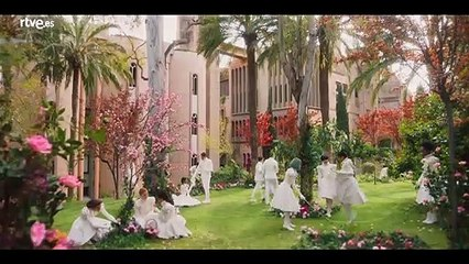"""Tráiler """"Paradise Hills"""", dirigida por Alice Waddington y protagonizada por Emma Roberts con guion de Nacho Vigalondo"""