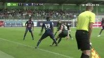 Le geste technique de Malik Tchokounté lors de VfL Wolfsburg - SMCaen