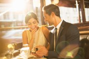 7 Things You Should Know Before Proposing to Someone in a Restaurant