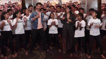 Hrithik Roshan dances with NGO kids during Super 30 promotions; Watch Video   FilmiBeat