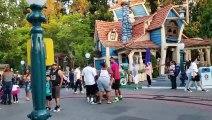 Bagarre familiale à Disneyland