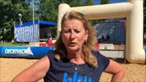 Joëlle Demouge anime les match de Beach handball à la Ponta'beach