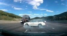 Un conducteur a parfaitement géré une perte de contrôle façon 360° sur l'autoroute !