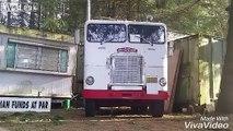 Mais comment a-t-il fait pour sortir ce camion de cette endroit???