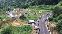 Tour de France: la caravane dans les lacets du lac d'Alfeld