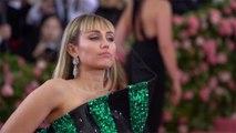 Miley Cyrus heartbroken over death of pet pig