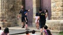 Les Batteurs de Pavé, une compagnie de théâtre de rue