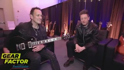 WATCH: Def Leppard / Dio's Vivian Campbell Plays His Favorite Riffs