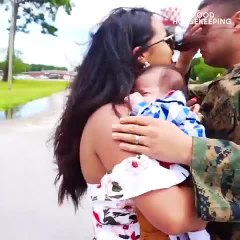 This Marine Just Met His Newborn Son for the First Time