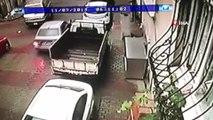 Kağıthane'de trajikomik hırsızlık: Bir aracı bırakıp başka bir aracı çaldılar...Hırsızlar kamerada