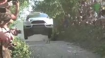 VÍDEO: Esto es ir al límite con un coche, ¡qué salvajada!