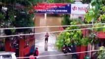 - Hindistan'da Sel Felaketi: 3 Ölü, Onlarca Kayıp