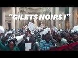 """Des """"gilets noirs"""" sans-papiers occupent le Panthéon"""