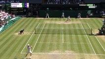 ECHANGE DE 45 COUPS ENTRE DJOKOVIC ET B. AGUT (Wimbledon 12/07)