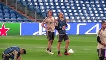 FILE: Juventus reportedly win the race to sign Ajax defender Matthijs de Ligt
