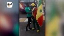 ساديو ماني يحرص على تحية المشجعين السنغاليين