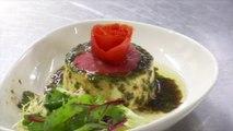 """☀ Le chef du restaurant L'Ambroisie vous livre sa recette fraîcheur de l'été: la """"royale d'oignons de Trébons"""""""