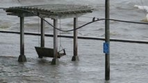 Barry llega a Luisiana como tormenta tropical y con riesgo de inundaciones