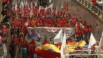 Venezuela : pro-Guaido et pro-Maduro s'opposent à distance