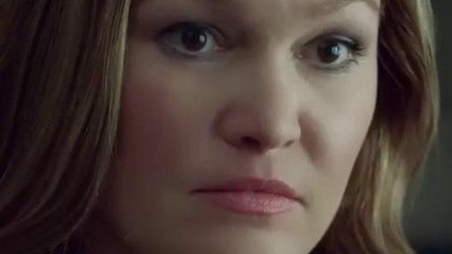 Hustlers Movie - Julia Stiles as Elizabeth
