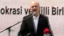 İçişleri Bakanı Süleyman Soylu 15 Temmuz şehitlerinin çocukları ve eşleriyle kahvaltıda bir araya...
