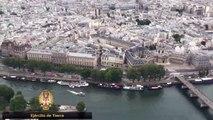 Helicóptero español en el 14 de Julio en París