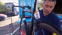 Les mécanos d'AG2R La Mondiale, dans les coulisses du Tour : le dérailleur